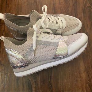 NWOT Michael Kors Billie Knit Trainer Shoes